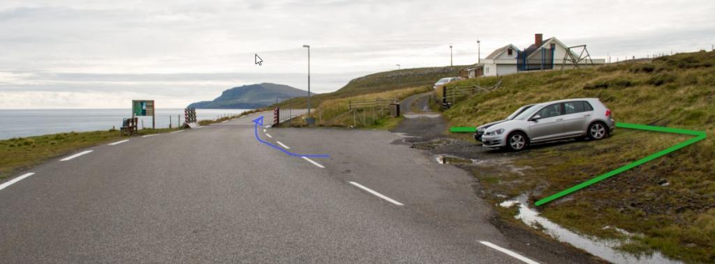 Parking-Æðuvík-Hike-Villagepath
