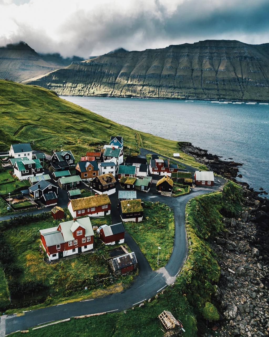 Funningsfjørður (Sniðsgil) - Elduvík
